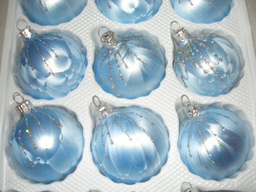 12 pcs glass christmas ball set in ice blue silver rain christmas tree balls baubles. Black Bedroom Furniture Sets. Home Design Ideas